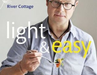 Hugh Fearnley-Whittingstall: light & easy, AT-Verlag, 2015, ISBN 978-3-03800-827-9, 24,90 €
